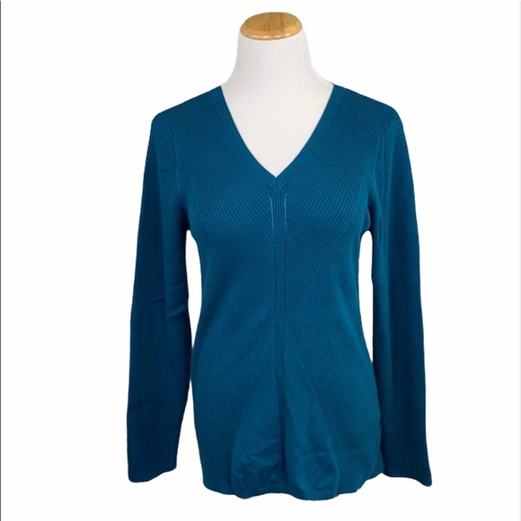DKNY Jeans Teal Medium Weight V-Neck Knit Sweater